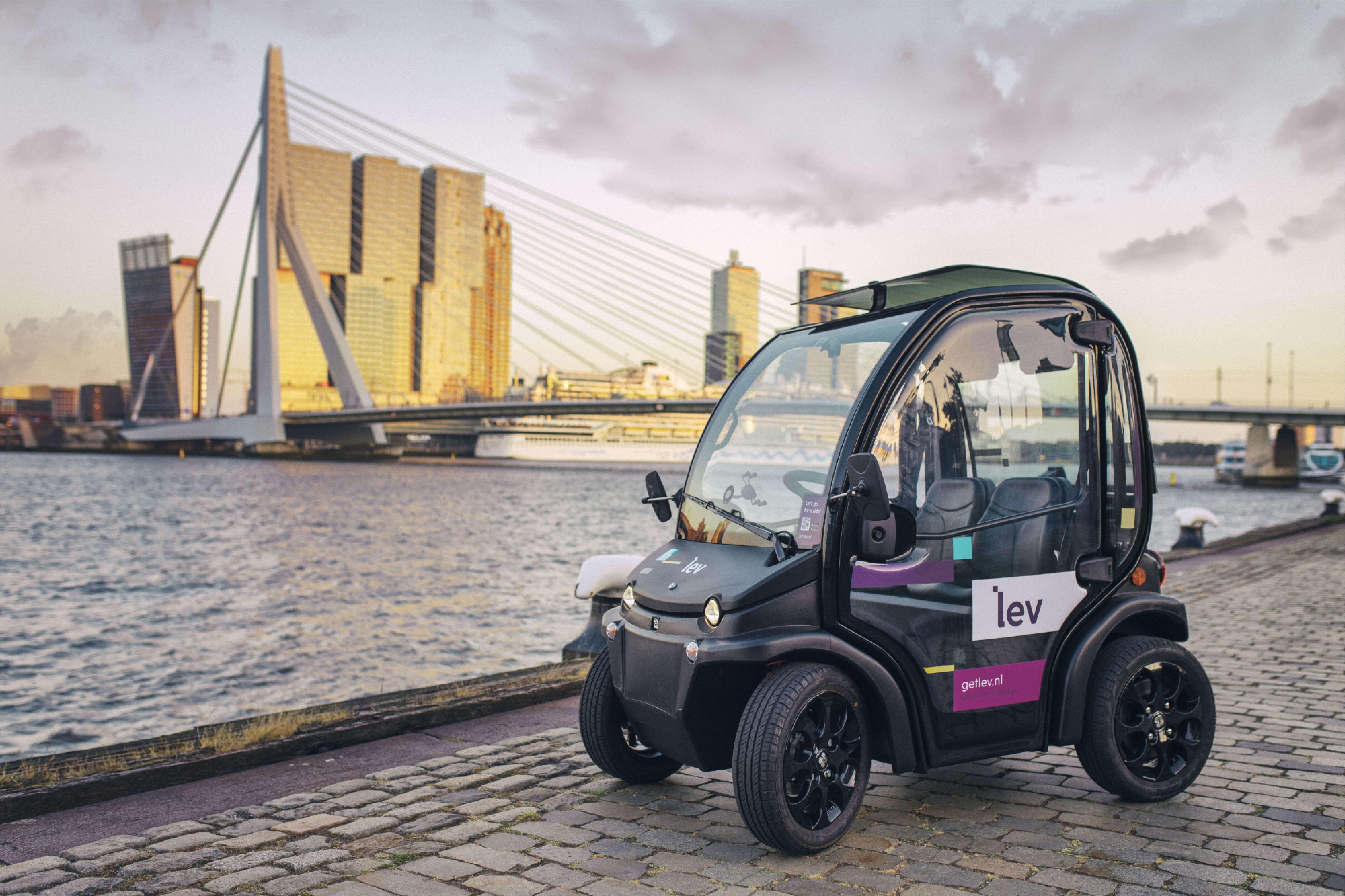 Rotterdam: da oggi puoi esplorarla con Birò!